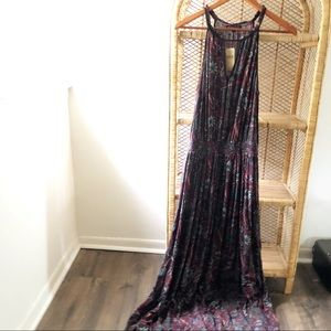 NWT American Eagle Keyhole Maxi Dress✨